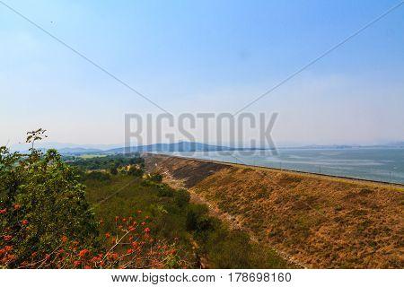 Kra Seaw Dam in Suphan Buri Thailand.