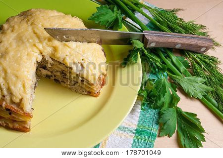 View Of Cutted Pancakes Pie With Mushrooms And Chicken Meat. Traditional Meal For Maslenitsa - Russi
