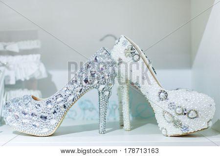 Brilliant wedding shoes inlaid with precious stones