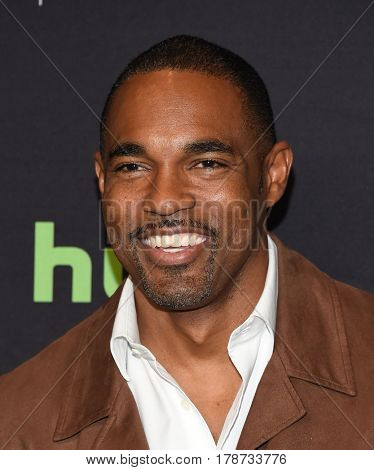 LOS ANGELES - MAR 19:  Jason George arrives for the PaleyFest 2017-Grey's Anatomy on March 19, 2017 in Hollywood, CA
