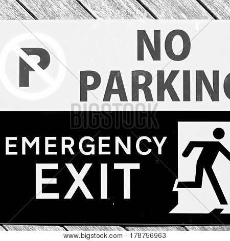 Emergency  Exit Signal And No Parking Icon