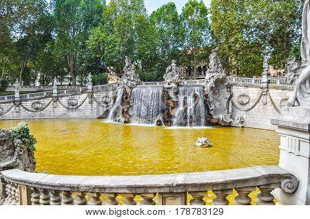 Hdr Fontana Dei Mesi Turin