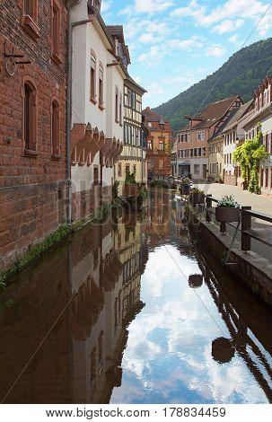 Historic Muehlgasse At Annweiler Village
