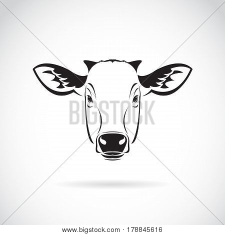 Vector of a cow head on white background. Farm Animal.