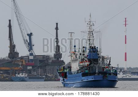 SHIPS IN THE PORT - Marine transport industry