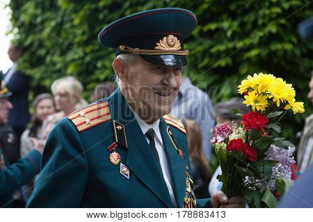 Ukraine, Kiev, May 9, 2016, Victory Day, May 9. Monument To An Unknown Soldier: Veterans Of World Wa