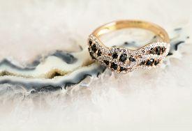 Elegant Jewelry Ring With Brilliants