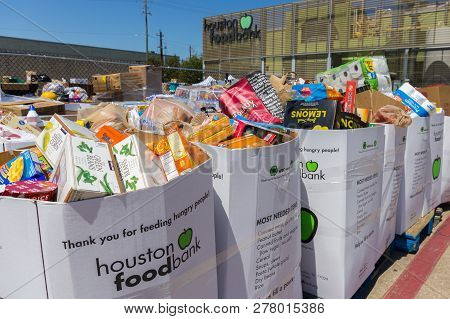 Houston, Texas - September 7, 2017: Local Charities And Food Pantries Provide Food, Medicine And Bas