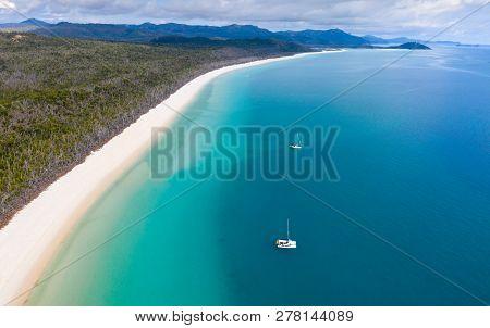 Whitehaven Beach - Whitsunday Island Nort North Queensland Australia