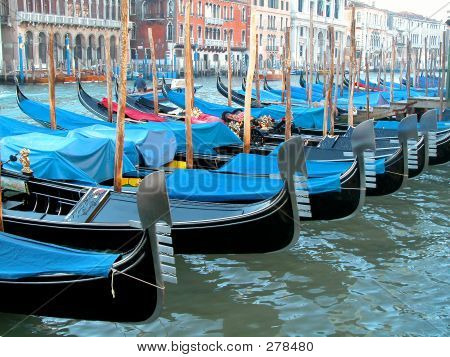 Grand Gondolas
