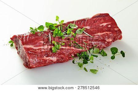 Whole Raw Trimmed Tender Fillet Steak