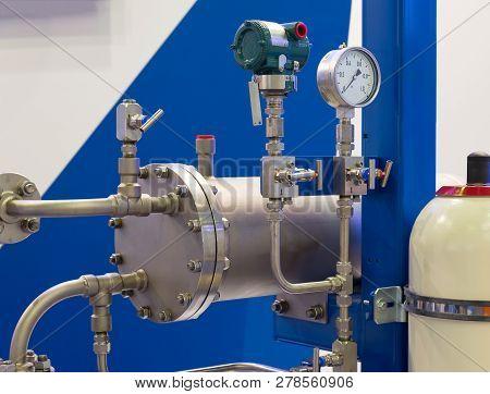 Instruments For Measuring Pressure. Mechanical Pressure Gauges.