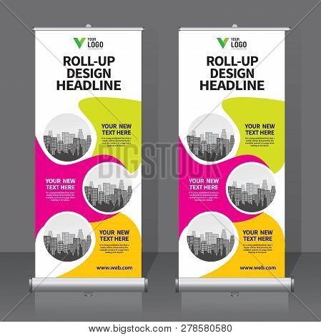 Roll Up Banner 612
