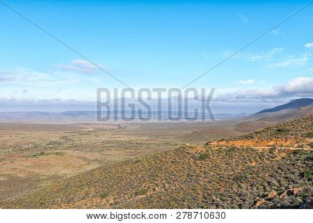 A View Of The Gannaga Pass In The Tankwa Karoo Of South Africa