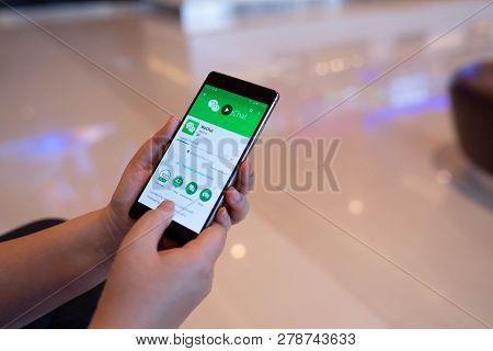 Chiang Mai, Thailand - August 03,2018: Woman Holding Huawei With Wechat  On The Screen.wechat Is A C