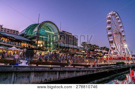 23rd December 2018, Sydney Australia: Harbourside Shopping Centre View At Dusk In Darling Harbour Wi