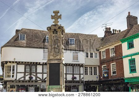 Canterbury, England - June 24, 2018: View The Iconic Canterbury War Memorial Sculpture In The Middle