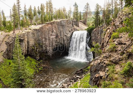 Rainbow Falls In Devils Postpile National Monument, Ansel Adams Wilderness, Inyo National Forest, Ca