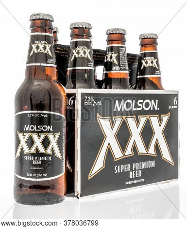 Winneconne,  Wi - 12 July 2020: A Six Pack Of Molson Xxx Super Premium Beer On An Isolated Backgroun
