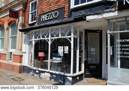 TENTERDEN, ENGLAND - MAY 27, 2020: A branch of casual dining chain Prezzo (closed during the Corona Virus lockdown). Founded in 2000, the company currently has 180 branches in the UK.