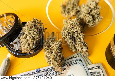Joint Weed. Sativa Thc Cbd. Indica Medical Health. Marijuana Weed Bud And Grinder.