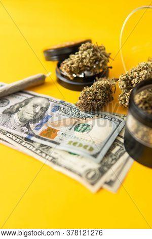 Sativa Thc Cbd. Joint Weed. Marijuana Weed Bud And Grinder. Indica Medical Health.