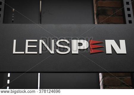 Krasnoyarsk, Russia, June 20, 2020: Lenspen Is A Close-up Logo Of A Company That Produces Photo Filt