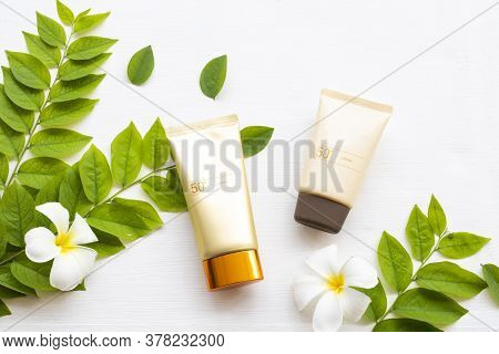 Natural Cosmetics Sunscreen Spf50 Health Care For Skin Face With Flowers Frangipani ,leaf Of Lifesty