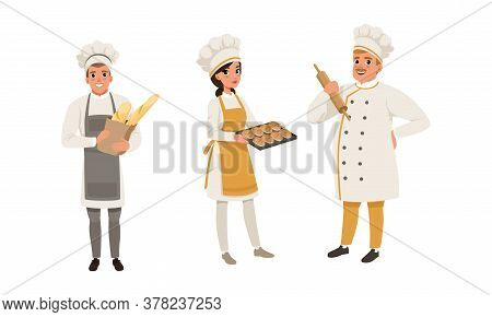 Bakers Characters Set, Cheerful People In Uniform Baking Bread Cartoon Style Vector Illustration