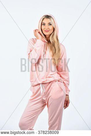 Girl In Sweatpants And Hoodie. Style For Daily Life. Gym Fashion. Trendy Sportswear. Sport Style. Fe