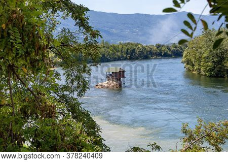 Bajina Basta, Serbia - July 14, 2020: Small House On The River Drina In Bajina Basta, Serbia
