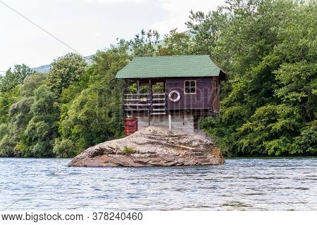 Bajina Basta, Serbia - July 14, 2020: Drina River House Is A Wooden, Cabin-like House On The Rock In