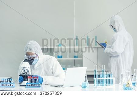 Scientist Covid-19 Virus Antibody Research Laboratory Research Experiment Biotech Cultivate Vaccine
