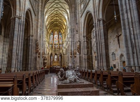 Prague - March 10, 2020: Interior Of St. Vitus Cathedral In Prague. Main Nave And Tombstone Of St. A