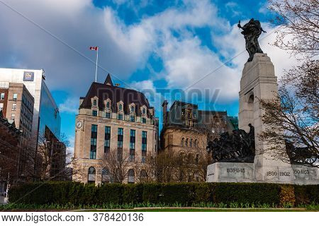 Ottawa, Ontario, Canada - 7/7/2020: The National War Memorial In Confederation Square Of Downtown Ot