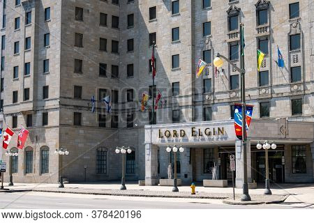 Ottawa, Ontario, Canada - 7/7/2020: The Entrance To The Lord Elgin Hotel In Downtown Ottawa, Ontario