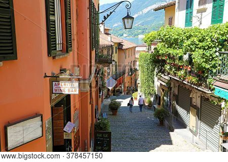Bellagio, Italy - June 23, 2020: Picturesque And Colorful Old Town Street Salita Serbelloni In Bella
