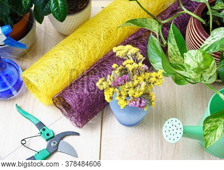 Flower Shop. Flower Delivery. Floristry Copy Space