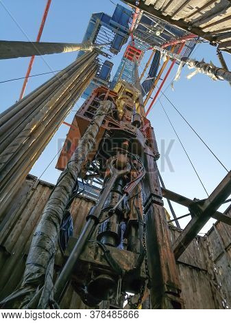 The Internal Structure Of The Drilling Rig. Top Power Drive Of Drilling Rig, Equipment For Lowering