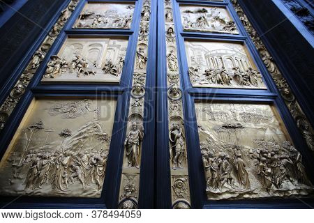 The Door Of The Baptistery Of San Giovanni Battista, Florence. High Quality Photo