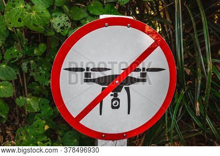 No Drone Zone Sign On The Tree. Drone Flights Prohibited In Paparoa National Park, West Coast, South