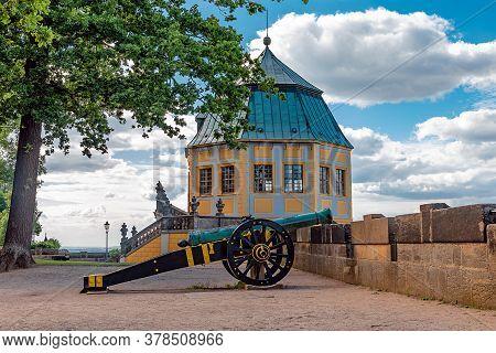 Koenigstein, Germany, Juli, 2020, Cannon In Front Of Friedrichsburg On Koenigstein Fortress, Germany