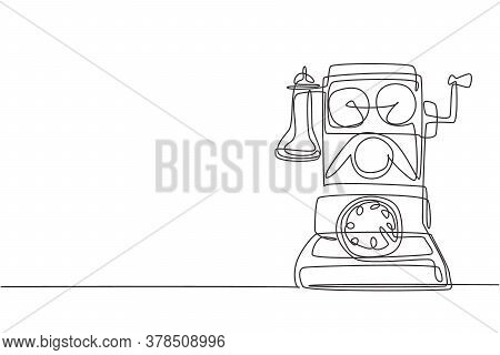 One Single Line Drawing Of Old Vintage Wall Analog Telephone To Communicate. Retro Classic Telecommu