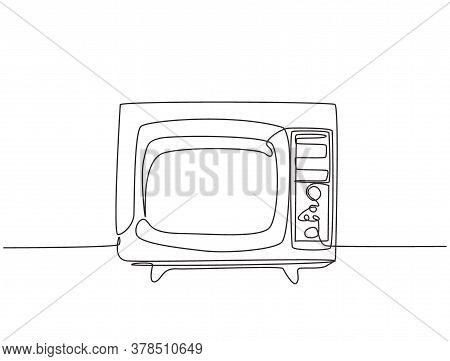 One Single Line Drawing Of Retro Old Fashioned Tv With Wooden Frame. Antique Vintage Analog Televisi