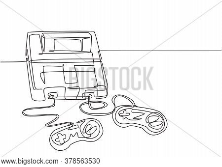 One Continuous Line Drawing Of Retro Old Classic Arcade Video Game Player With Controller. Vintage C