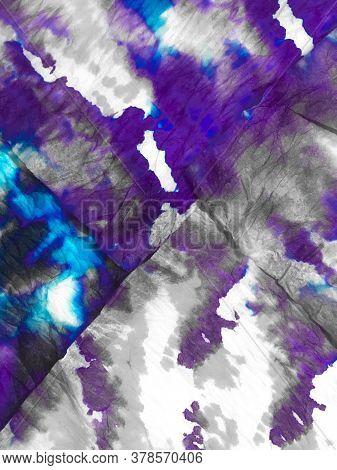 Purple Tye Dye Monochrome Background. Violet Dyed Lavender Pattern. Sky Dirty Art Textile. Dyed Vint