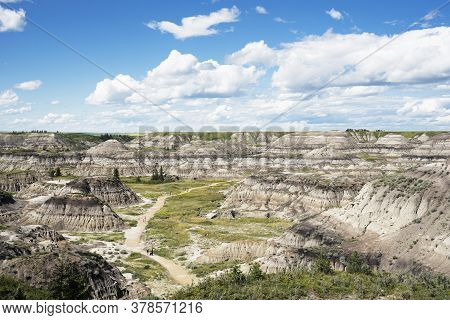 Kneehill County Alberta Canada, July 18, 2020: A Summer View Of Horseshoe Canyon Where People Practi