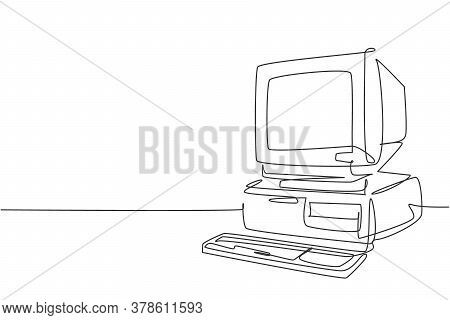 Single Continuous Line Drawing Of Retro Old Classic Personal Computer Processor Unit. Vintage Cpu Wi