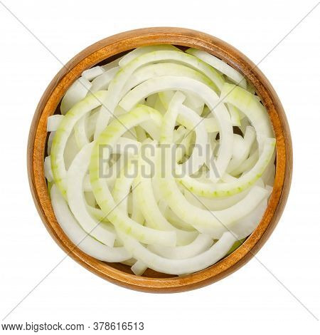 Sliced Fresh White Onions In Wooden Bowl. Onions Cut Into Rings. A Cultivar Of Dry Onion,  Allium Ce