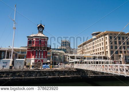 Cape Town, South Africa, February 17 2017: People Enjoying V&a Waterfront In Cape Town On A Sunny Su